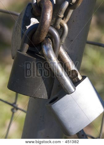 3 Padlocks Linked Together