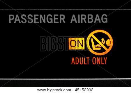Passenger airbag on sign