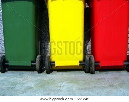 Trash Bins For Garbage Separation