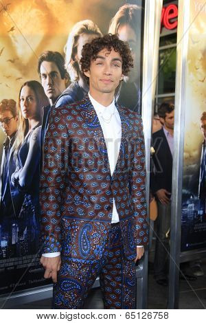 LOS ANGELES - AUG 12:  Robert Sheehan at the