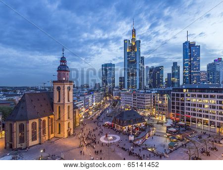 skyline of Frankfurt in the evening