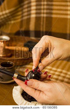 Laid Tobacco Smoking Pipe