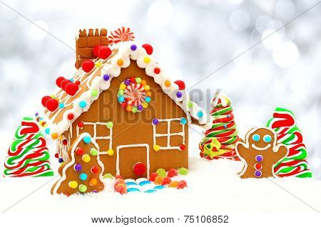 Gingerbread house with silver background