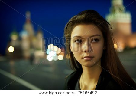 Night portrait of the young girl.