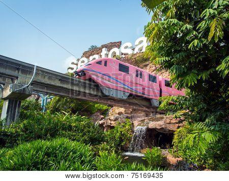 Train Arriving Sentosa