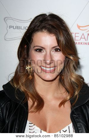 LOS ANGELES - MAR 7:  Jennifer Widerstrom at the Raising The Bar To End Parkinsons Event at the Public School 818 on March 7, 2015 in Sherman Oaks, CA