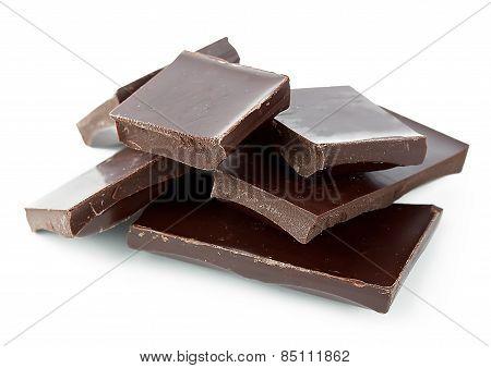 Dark chocolate mangled pieces