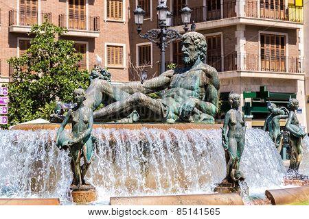 Fountain Rio Turia  In Valencia