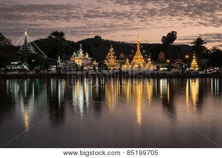 Wat Chong Kham And Wat Chong Klang Temples