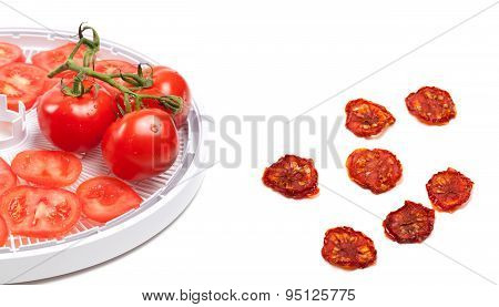 Raw Tomato Prepared To Dehydrated And Dried Slices