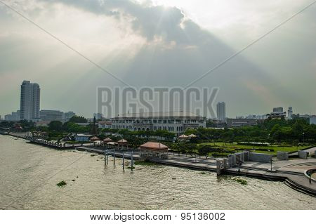 Chao Phraya River And Sun Sets