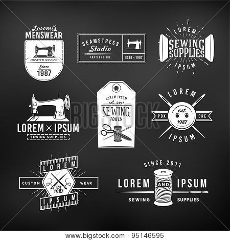Set of vintage tailor labels, emblems and design elements. Tailor shop logo vector. sewing studio il