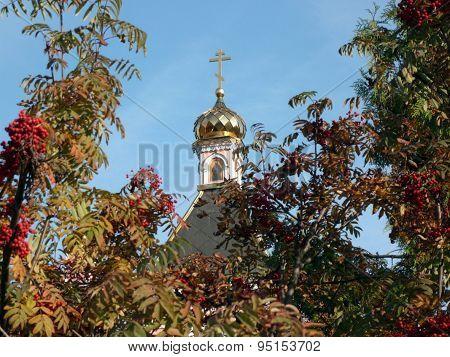 Old Wood Temple Bogorodskiy And Asberry