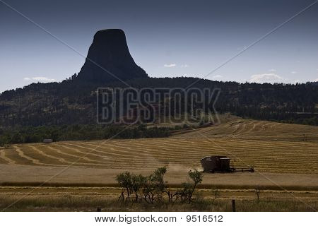 Combining near the Devil's Tower