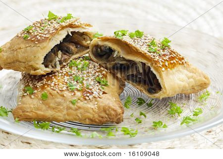champignons puff pocket