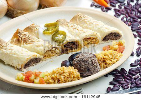 burritos con alubias y arroz
