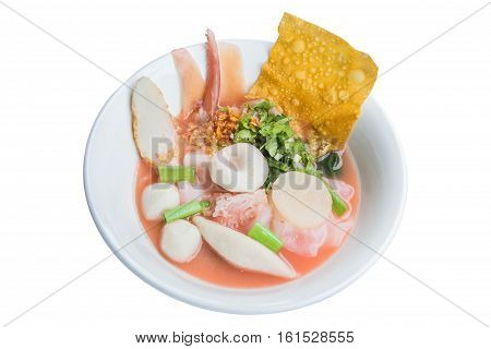 yen ta fo, Yong Tau Fu, Pink seafood flat noodles isolate on white background