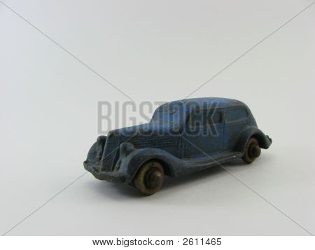 Oldtoycar