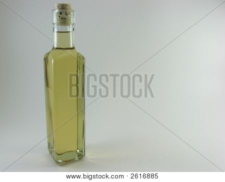 Yellowl iquid