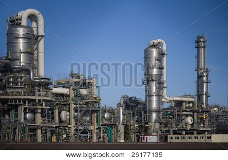 Refinery 12