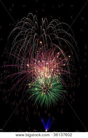 Feuerwerk-Blumenstrauß