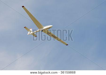 Air Show - Acrobatic Glider