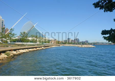 Milwaukee Lakeshore