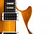 Постер, плакат: Старая электрическая гитара на белом фоне