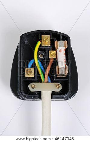 Inside Engelse 3-pin plug.
