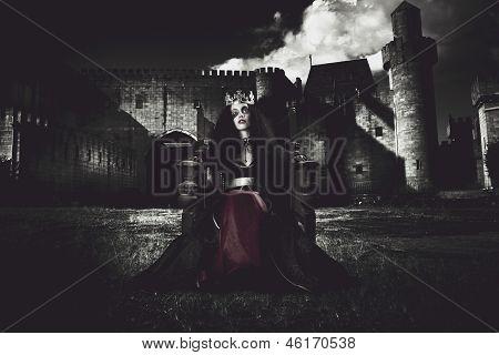 Queen Of The Dark Monarch