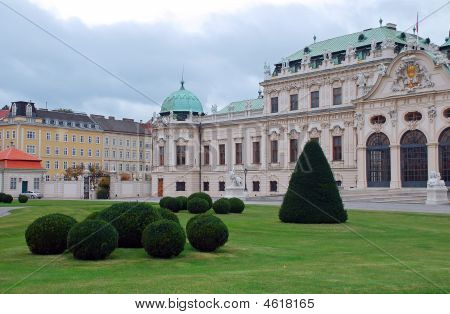 Vienna Belvedere Palace In The Background Of The Lawn Neatly Pollard