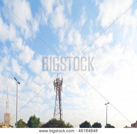 Column antenna in saudi arabia