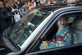 Geisha delivery in Gion