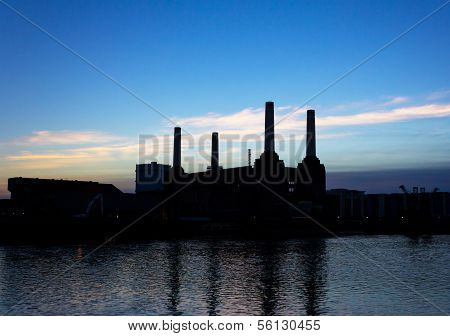 Battersea Power Station Silhouette