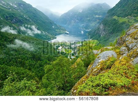 Geiranger Fjord (norge) Summer View