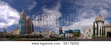 Las Vegas, Nv -  June 11, 2013: New York-new York And Mgm Grand Hotel On June 11, 2013 In Las Vegas,