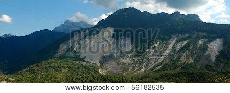 The landslide of Monte Toc
