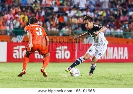 Sisaket Thailand-may 28: Bavorn Tapla Of Chonburi Fc. (white) In Action During Thai Premier League B