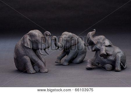 The cute vinyl elephants and their calf