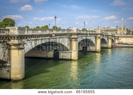 Pont De La Concorde In Paris
