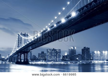 New York City Skyline and Manhattan Bridge