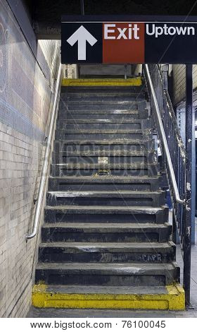 Nyc Subway Platform Steps