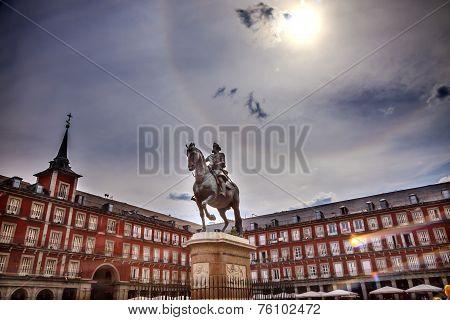 Plaza Mayor King Philip Iii Equestrian Statue Cityscape Madrid Spain