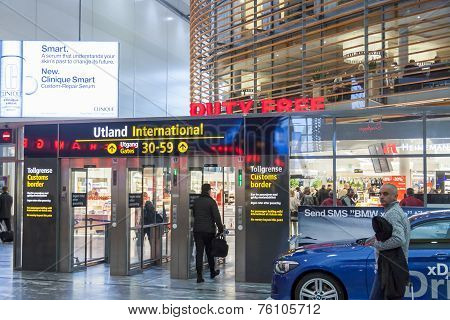 Oslo Gardermoen, Norway - November 3:interior Of Duty Free Shop At Oslo Gardermoen International Air