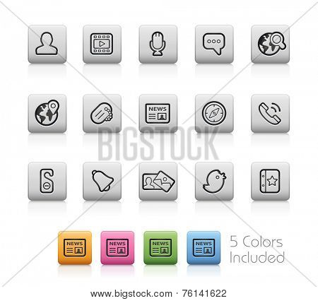 Social Icons // Outline Buttons  ++ Each color in a layer - To select only the desired color, we suggest to block the others colors on the Layer Panel++  EPS 10+