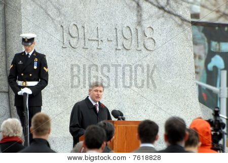 PM Harper speaks at Cenotaph