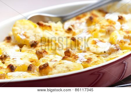 baked cream potatoes with bacon