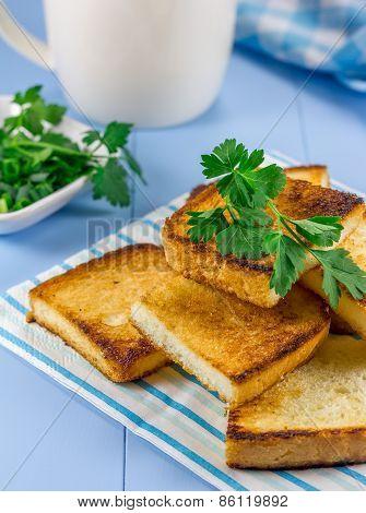 Toast With Verdure