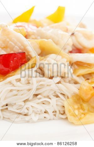 noodle with calamari