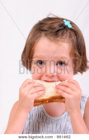 girl eating1